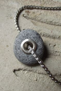 Beach stone using rivet