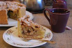Torta rústica de manzanas + té = perfección! French Toast, Breakfast, Food, Food Cakes, Deserts, Apples, Products, Morning Coffee, Essen