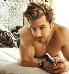 Eugenio Siller as Rhage Latino Actors, Actors & Actresses, Black Dagger Brotherhood, Sexy Men, Hot Men, Love At First Sight, Hair Day, Celebrity Crush, Hot Guys