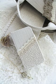 20170406_12 Wedding Certificate, Certificate Design, Sewing Crafts, Sewing Projects, Diy And Crafts, Arts And Crafts, Kawaii Diy, Cell Phone Wallet, Mobile Covers
