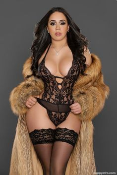 Chloe Lovette Video Clips Pics Gallery At Define Sexy Babes