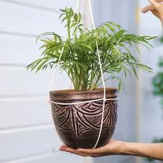 Blumentopf Idee - Erstaunlich … Blumentopf Idee Informations About Amazing … Flower Pot Idea Pin You can easily us - Diy Crafts Hacks, Diy Home Crafts, Garden Crafts, Garden Projects, Plant Crafts, Jar Crafts, House Plants Decor, Plant Decor, Home Plants