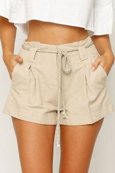 42 Woman Shorts You Will Definitely Want To Try – Fashion New Trends - women shorts Shorts Outfits Women, Outfit Jeans, Short Outfits, Summer Outfits, Casual Outfits, Cute Outfits, Fashion Outfits, Fashion Women, Casual Shorts