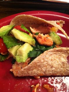 Grilled Chicken, Bell Pepper & Onion on a whole wheat wrap. Served with spinach, tomatoes, salsa, and Avacado.