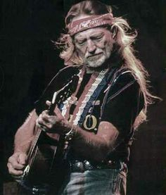 Roll me up and smoke me when I die ~ Willie Nelson ✌🏼Have a Willie nice day 💚 Old Country Music, Outlaw Country, Country Music Stars, Country Musicians, Country Music Artists, Country Singers, Rock Roll, Pink Floyd, Ranger