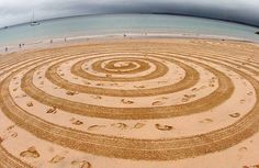 Creazione sulla sabbia di Tony Plant
