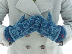 snail mittens, love the coat, too.