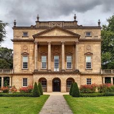 Belongs here although more roman. English Architecture, Georgian Architecture, Classical Architecture, Facade Architecture, English Manor Houses, English House, Villas, Townhouse Exterior, Luxury Houses