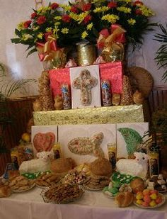 brocato's new orleans pictures | St. Joseph's Altars in New Orleans