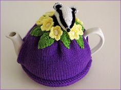 Bertie Badger Tea Cosy. £25.00, via Etsy.