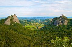 Roches Tuilière et Sanadoire - Département du Puy-de-Dôme - www.auvergne.fr Rhone, View Map, Belle Photo, Monument Valley, Europe, Travel, Architecture, Google, Alps