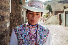 I photographed women in 37 countries, but there are more faces on earth to be discovered | Crowdfunding is a democratic way to support the fundraising needs of your community. Make a contribution today!