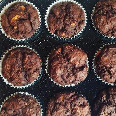 banana-cacao-&-beetroot-muffin