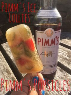 Perfect for adults, Pimm's O'Clock Ice Lollies by Foodie Quine Fruit Lollies, Fruit Popsicles, Prosecco Ice Lollies, Pimms And Lemonade, Pimms Recipe, Pimms O Clock, Ice Cream Stand, Best Alcohol, Frozen Desserts
