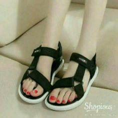 Saya Menjual Sandal Gunung Jj18 Hitam Seharga Rp45 000 Dapatkan
