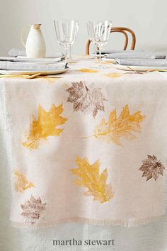 Perfect for a harvest feast, you can create a custom table runner for the season using leaves of various shapes and sizes. Use fabric paints in fall colors, such as brown, dark green, and deep red, or a single hue. Follow our simple tutorial for this fall leaf craft idea. #marthastewart #crafts #diyideas #easycrafts #tutorials #hobby Leaf Crafts, Decor Crafts, Home Decor, Cabin Crafts, Autumn Crafts, Thanksgiving Crafts, Thanksgiving Table, Dinner Party Decorations, Wreath Drawing