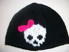Black hat with half skull & bow, Half Skull, Festival Tops, Hand Knitting, Knitted Hats, Bows, Halloween, Cards, Black, Arches