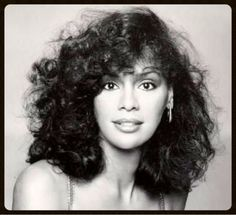 Marilyn McCoo .... way too under appreciated-  amongst the most elegant and beautiful voices ever recorded! Vintage Black Glamour, Vintage Beauty, Classic Beauty, Timeless Beauty, Black Beauty, Divas, Afro, 70s Hair, Eighties Hair