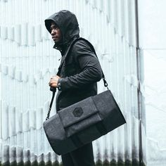 The Cadre is a mid-sized weatherproof duffle bag and is the first duffle equipped with the Arkiv Modular System. The Arkiv Modular System allows for easy customization giving the duffle the ability to evolve and adapt as needed. Shop link in profile.