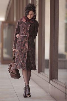 Купить авторское войлочное пальто ручной работы - бордовый, Пальто на осень, Весеннее пальто