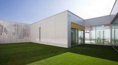 Vallo Sadovsky Architects - Family house with patio