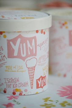 printable ice cream container labels printable labels for ice containers Ice Cream Logo, Ice Cream Brands, Food Packaging Design, Brand Packaging, Label Design, Cup Design, Graphic Design, Package Design, Gelato