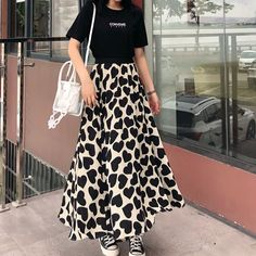 European station 2020 new Hepburn style leisure holiday love printing skirt skirt skirt female Cheap Skirts, Printed Skirts, Skirt Fashion, High Waisted Skirt, Sew, Clothes For Women, Female, Stuff To Buy, Dresses