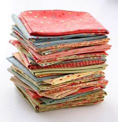 Learn to use fabric scraps, leftover blocks, selvages, with tips about thrifty quilting from Darlene Zimmerman. Quilting Tools, Quilting Tutorials, Hand Quilting, Quilting Projects, Sewing Projects, Quilting Ideas, Patchwork Quilting, Sewing Hacks, Sewing Crafts