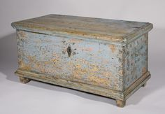 A very attractive small blue blanket box with original paint and retaining traces on the side of symmetrical, dark blue-sponged, dot decoration, which is rare. The interior has a till for lavender or other sweet smelling herbs. Austrian Empire, circa 1800.
