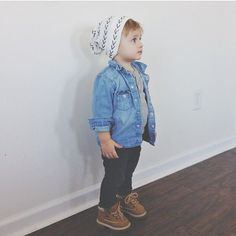 baby boy fashion via sarahknuth La mode hispter chez les tous petits aussi Toddler Boy Fashion, Little Boy Fashion, Toddler Boys, Kids Boys, Kids Fashion, Toddler Boy Style, 50 Fashion, Fashion 2018, Fashion Styles