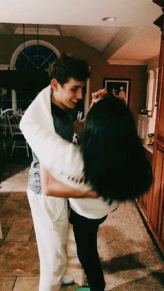 ✰𝙋𝙄𝙉𝙏𝙀𝙍𝙀𝙎𝙏: The post ✰𝙋𝙄𝙉𝙏𝙀𝙍𝙀𝙎𝙏: & ✰Vsco Videos™✰ appeared first on Relationship goals . Cute Couple Videos, Cute Couple Pictures, Cute Couple Dancing, Lake Pictures, Couple Stuff, Couple Things, Couple Pics, Couple Goals Relationships, Relationship Goals Pictures