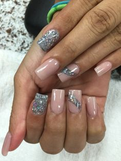 Here are some hot nail art designs that you will definitely love and you can make your own. You'll be in love with your nails on a daily basis. Fancy Nails, Love Nails, Pink Nails, Glitter Nails, Gel Nails, Silver Glitter, Coffin Nails, Fabulous Nails, Gorgeous Nails