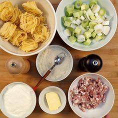 tagliatelle, poireau, lardons, crème fraîche, beurre, poivre, Sel, parmesan