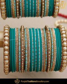 Jewelry Design Earrings, Gold Jewellery Design, Bridal Bangles, Bridal Jewelry, Bridal Jewellery Inspiration, Girls Jewelry, Bangle Set, Fashion Jewelry, Thread Bangles