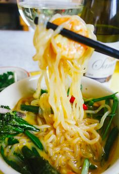 Zero Calorie Noodle Soup - coconut, red curry, garlic, shrimp (or other protein), green veggies (green beans, broccoli), bok choy, ginger, lemongrass and soy sauce | The Londoner