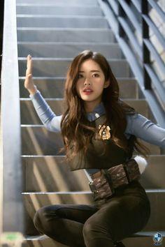 South Korean Girls, Korean Girl Groups, Glass Shoes, Aesthetic Hair, Soyeon, Magical Girl, Pop Group, Kpop Girls, Fashion Models