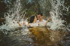 #wedding #weddingphotography #weddingdress #weddingphotographer #casamento #bride #canon #felicidade #clauamorim #claudiaamorim  #portrait #retrato #instawedding #photooftheday #happiness #vestidodenoiva #fotodecasamento #fotografodecasamento #love #vestidadebranco #lapisdenoiva #yeswedding #bridetobride #bride2bride #trashthedress  #ensaio #ttd #goiás #noivinhasdegoiania
