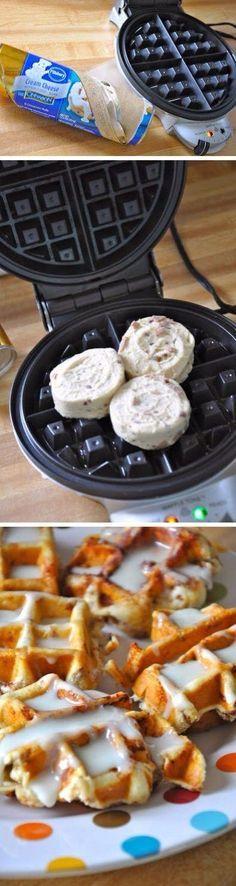 cinnamon roll waffles (Roll Pancake Easy)