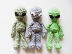 I have a thing for aliens... In Grey or Green with black eyes please! Easy Doll Crochet Pattern: Grey Alien Amigurumi inspired by Roswell Area 51, In Worsted Weight Yarn - Original Design by The Silver Hook. $3.00, via Etsy.