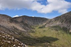 Beinn na Caillich and the Broadford Red Hills (Walkhighlands)