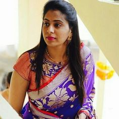 Image may contain: 1 person Saree Blouse Neck Designs, Fancy Blouse Designs, Stylish Blouse Design, Designer Blouse Patterns, Blouse Models, Women's Fashion, Blouses, Tunics, Banarasi Sarees