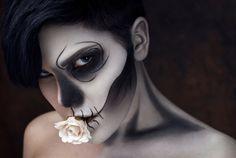 Halloween Makeup Classics Made Simple #Skeleton