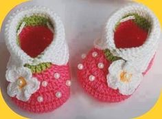 "Beautiful Baby  Booties de Children's World ""AVITA"" por DaWanda.com"