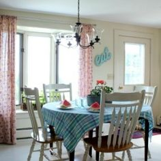 Tour a colorful vintage eclectic kitchen