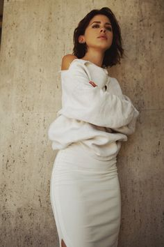 Beauty is in the eye of the beholder Karlas Closet Neueste Artikel Karla Deras, Style And Grace, Classy And Fabulous, 90s Fashion, Latest Fashion, Fashion Ideas, Her Style, Female Models, Blouse