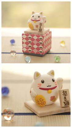 Handmade Lucky Cat ,handmade Clay Dolls, Japanese Lucky Cat,lucky Cat Decor ,miniature,handmade Home Decor,handmade Art Dolls