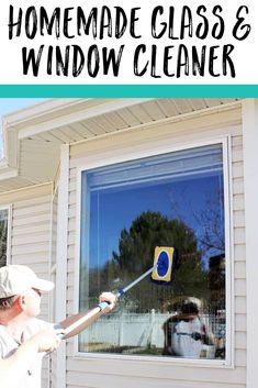 From mirrors to windows and beyond, these homemade cleaners will leave your shiny surfaces sparkling! Cleaning Spray, Household Cleaning Tips, House Cleaning Tips, Cleaning Hacks, Cleaning Schedules, Household Products, Spring Cleaning, Window Cleaning Recipes, Window Cleaning Solutions