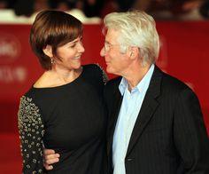 Lejos queda la complicidad entre la pareja que veíamos hace unos años en las alfombras rojas. El divorcio de Richard Gere (65) de Carey Lowell (53), podría costarle casi la mitad d