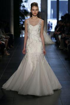 BRIDAL FASHION WEEK SPRING 2014   Munaluchi Bride