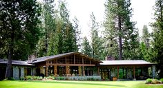 Love this rustic retreat! //  House on Metolius, Camp Sherman, OR